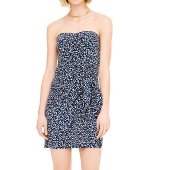 Club Monaco Dresses & Skirts - Club Monaco Harper dress. 100% silk.  NWT